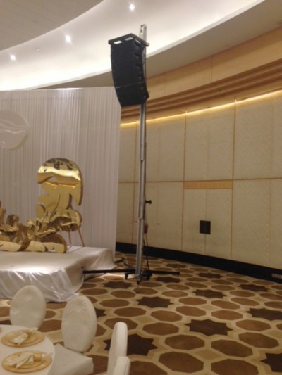 AT-06 con line array para boda @ Doha (Qatar)