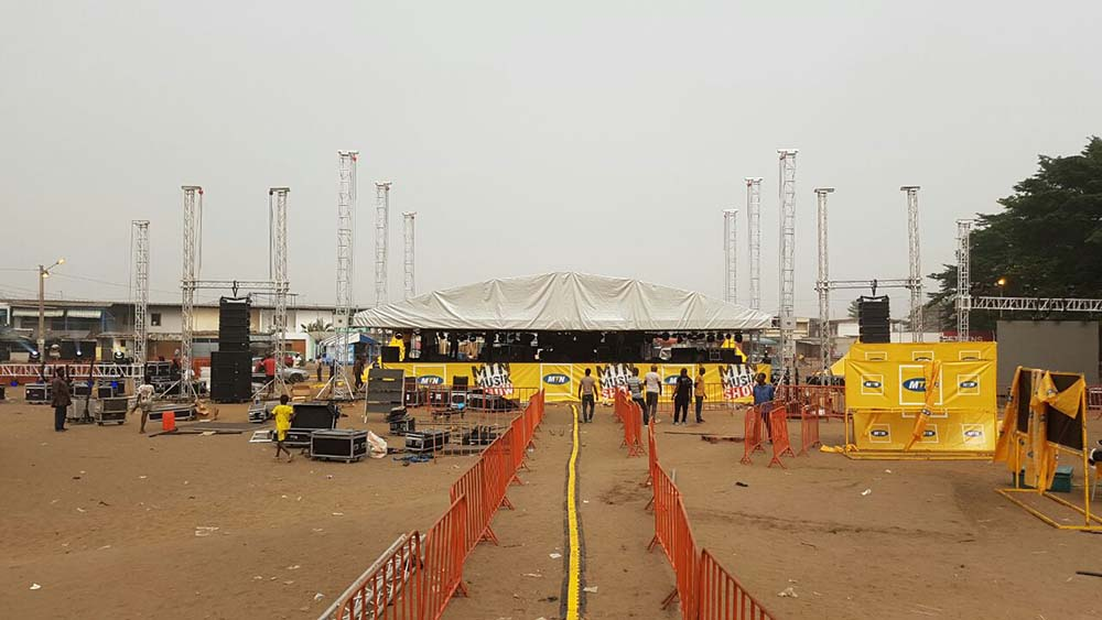 Stage MTN Music Show with ground support towers @ Abidjan (Ivory Coast)