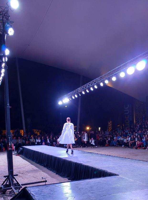 Fashion show with truss and lifting towers @ Las Condes (Chile)